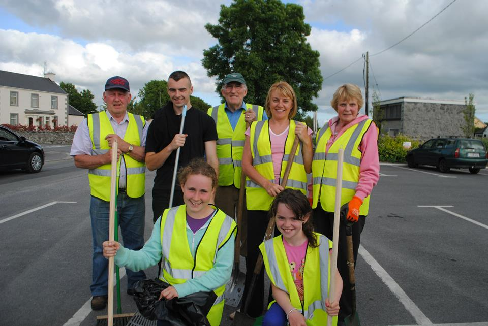 claregalway_tidy_towns_2013-6
