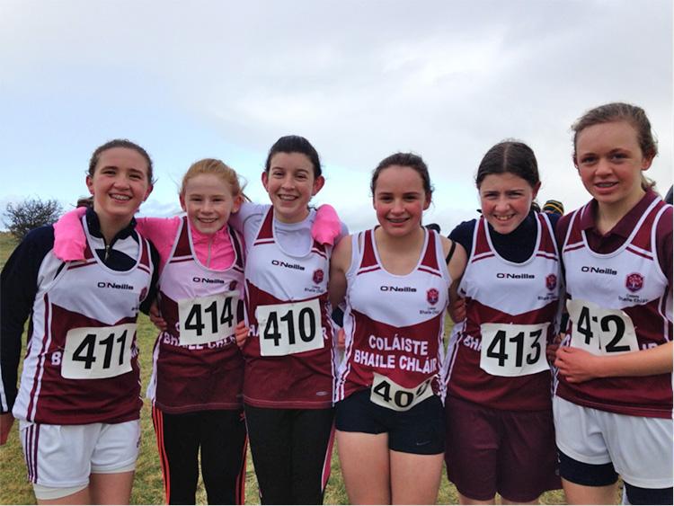 Girls Minor Winners L–R: Emily Duggan, Meabh Clancy, Mary Duggan, Andrea Trill, Sinéad Donovan, Jane Glynn.