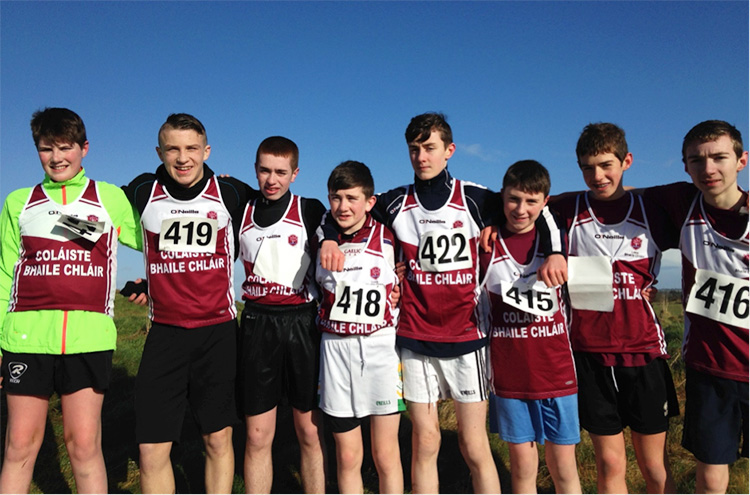 Boys Junior Winners L–R: Daniel Broderick, Patrick Donovan, Darren Costello, Dara Whelan, Paul Culkeen, Brandon Carr, Aaron Brennan, Thomas McStay.