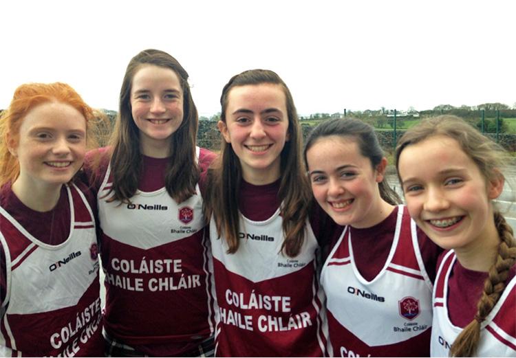 Girls Junior Winners L–R: Gemma Coll, Miriam Greene, Rachael Hughes, Ciara McCarthy, Vitska Mulroy.