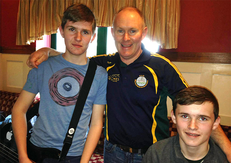 Padraig Dunleavy with his sons Tomás and Tadgh.