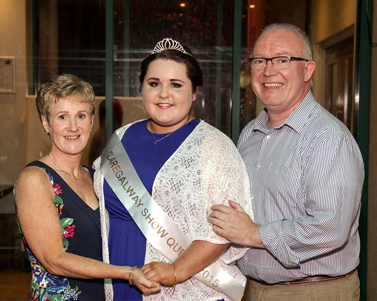 Miriam and Sean Dunleavy with their daughter Cáit at the launch of Claregalway Agricultural Show 2015.