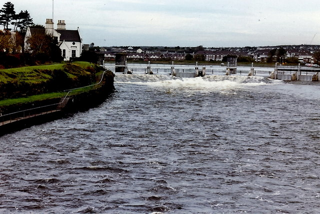 Salmon Weir in Galway City. Photo by Joseph Mischyshyn via Wikipedia.